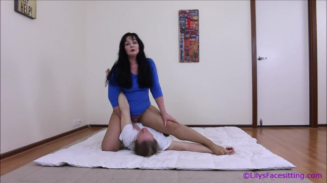 Preview of Lily's Sexy Wrestling holds