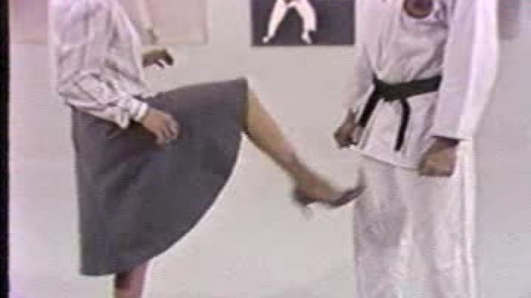Women self defense - groin kick training